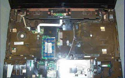 hp-probook-4710-kuehler-reinigung-palmrest-und-tastatur-abgebaut.jpg
