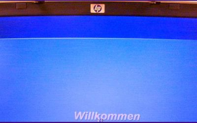 laptop-display-reparatur-hp-omnibook-ze4700-bildschirm-ist-repariert-worden.jpg