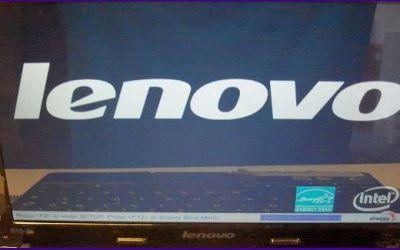 netbook-display-reparatur-lenovo-ideapad-s10-3-bildschirm-wurde-ausgetauscht-bezel-ist-wieder-montiert_v1.jpg
