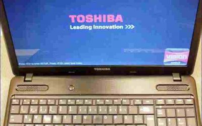 15,6-zoll-notebook-bildschirm-repariert.jpg