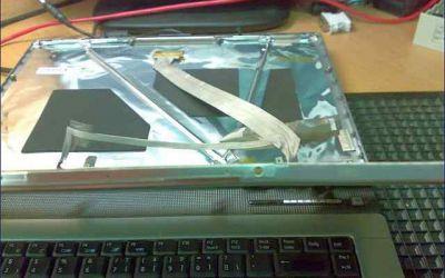 acer-laptop-display-wird-ausgetauscht.jpg