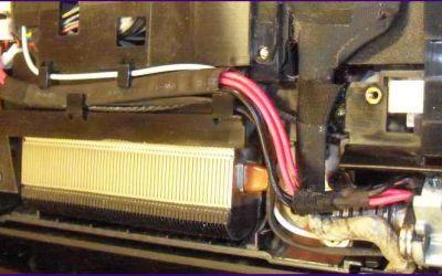 aspire-8930-strombuchse-reparatur-defekt-buchse-freigelegt.jpg
