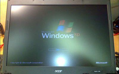 Acer_Aspire_Display_Wechsel.jpg