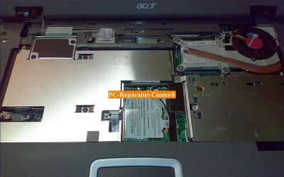 Acer_Travelmate-Fehlersuche_geht_nicht_an-002.jpg