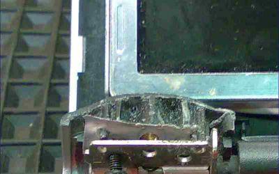 Displaydeckel im Sony Laptop gebrochen