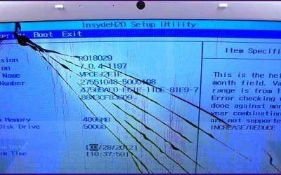 sony-vaio-vpcej2e1e-display-ist-gebrochen.jpg
